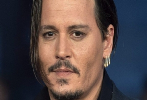 Johnny Depp Kimdir ?